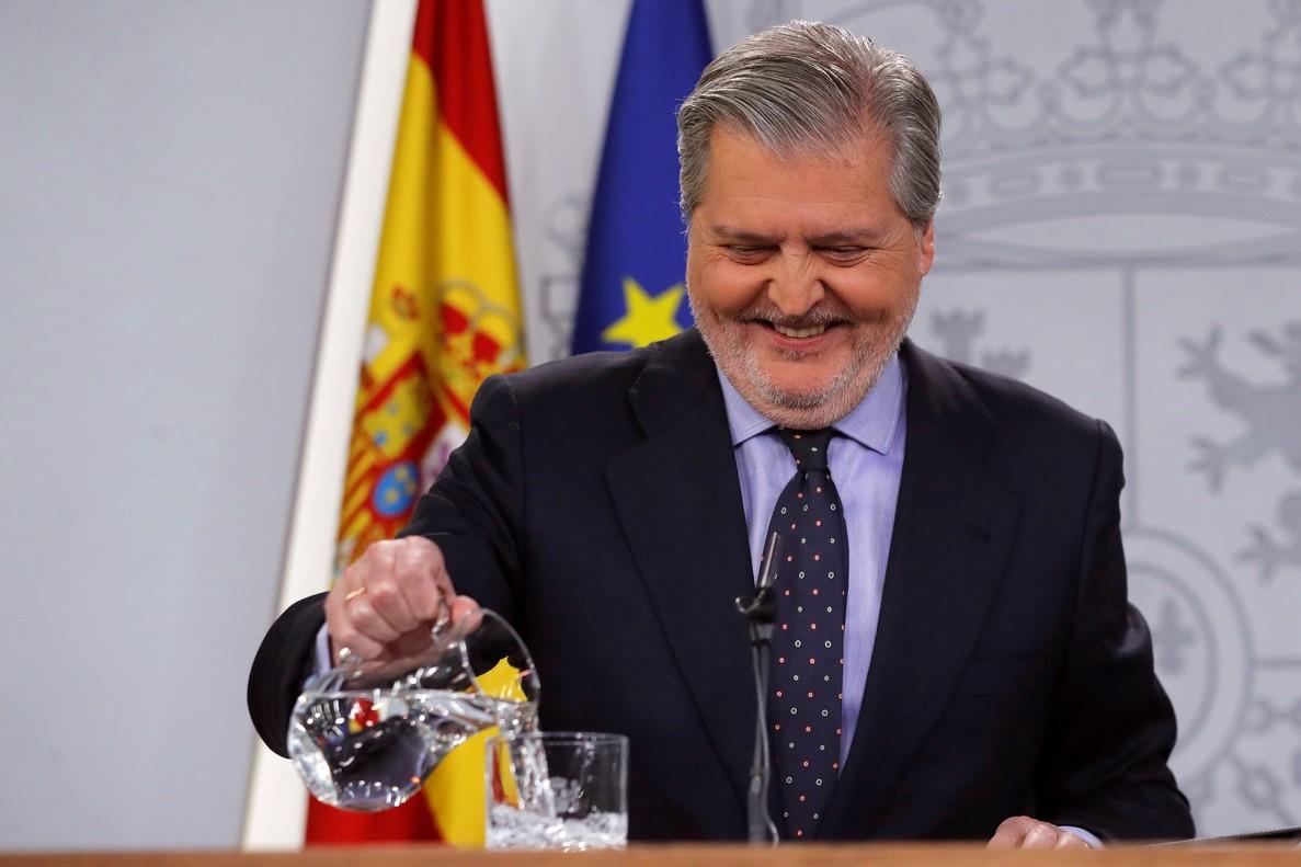 """El Gobierno subraya que Alemania considera a Puigdemont """"prófugo"""" y no perseguido político"""