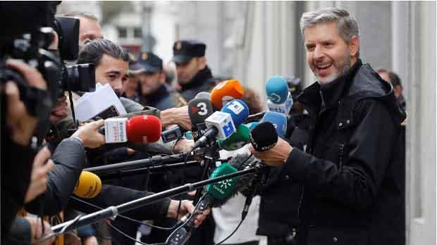 Oriol Junqueras ha argumentado durante unos dos minutos ante el Supremo, que es un hombre de paz que busca el diálogo.
