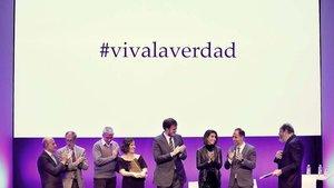 José Antonio Zarzalejos,José Guirao,Carles Francino,Cristina Tardáguila, Antonio Asensio Mosbah, Ana Pastor, Enric Hernández y Josep Maria Pou.