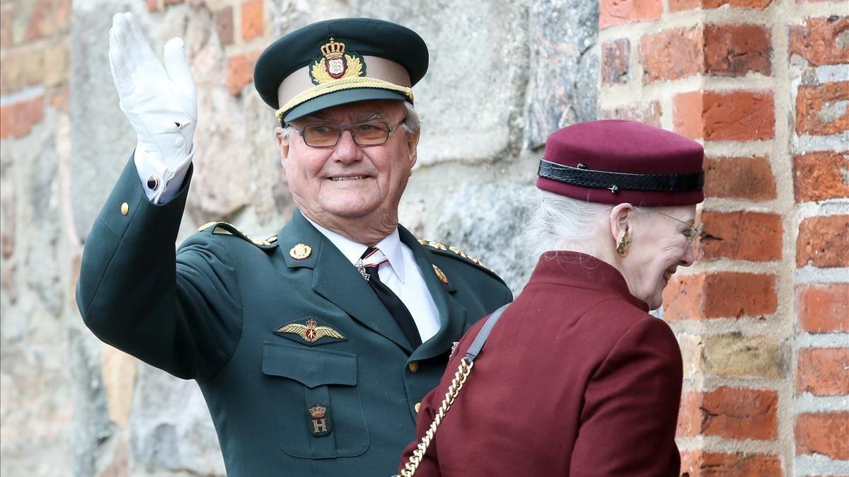 Enrique de Dinamarca y la reina Margarita, en abril del 2014.