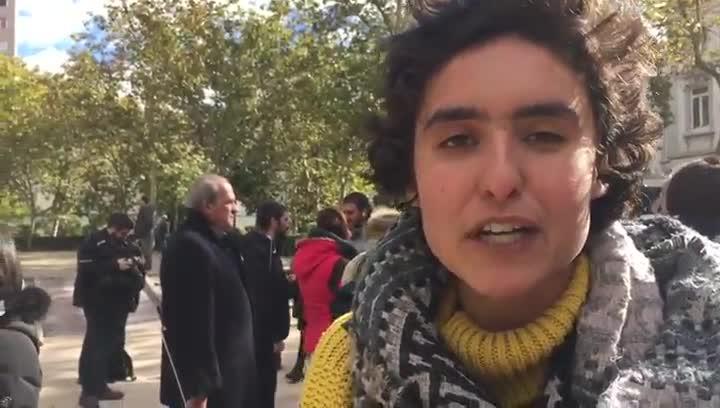 Marina, estudiante de Derecho en la Universidad Carlos III, ha acudido este miércoles al escrache ante las puertas del Tribunal Supremo.