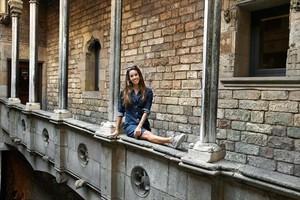 Ona Carbonell, en el patio del Museu Picasso, uno de sus rincones preferidos,al que se escapa siempre que puede.