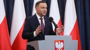 El presidente polaco, Andrzej Duda, ofrece una rueda de prensa sobre las reformas del sistema judicial, en Varsovia, el 20 de diciembre.