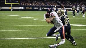 Zach Miller sufre la grave lesión de rodilla.