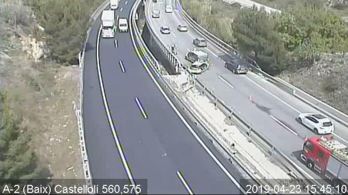 Mor un motorista en un accident de trànsit a l'A-2, a l'altura de Castellolí
