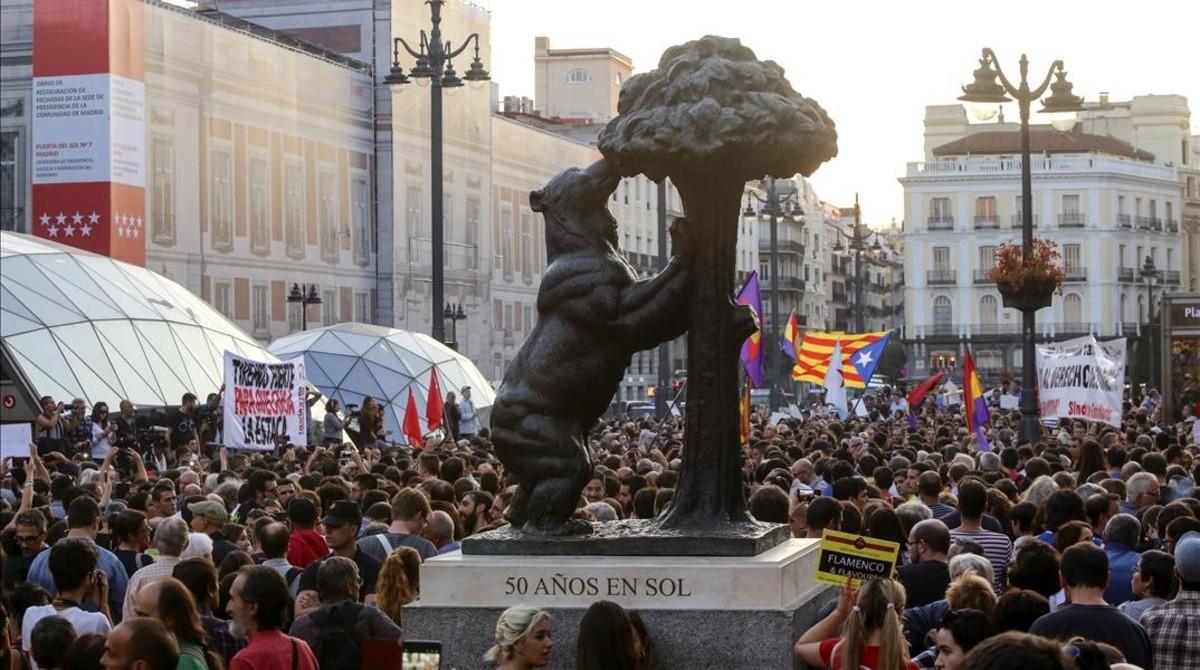 Concentración en la Puerta del Sol (Madrid) en apoyo al derecho a decidir en Catalunya.