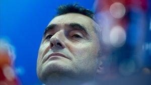 Valverde, en una rueda de prensa en la ciudad deportiva del Barça.