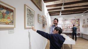 Visitantes en el Museu del Còmic de Sant Cugat