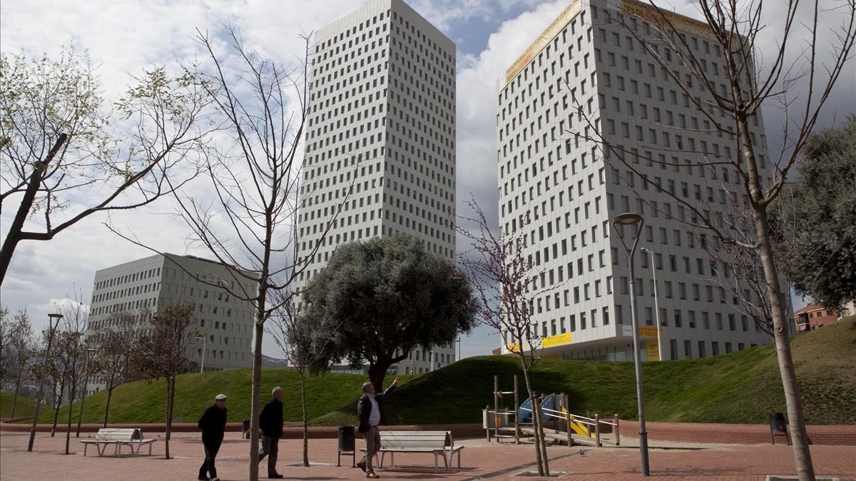 Edificios Cubic en Santa Coloma de Gramenet.