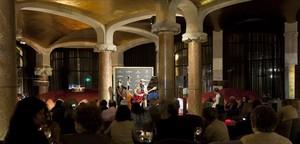 Una de las actuaciones que tienen lugar en el espectacular Café Vienés