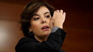 Així van criticar Casado i Cospedal els pactes contra les llistes més votades: l'hemeroteca, a favor de Santamaría