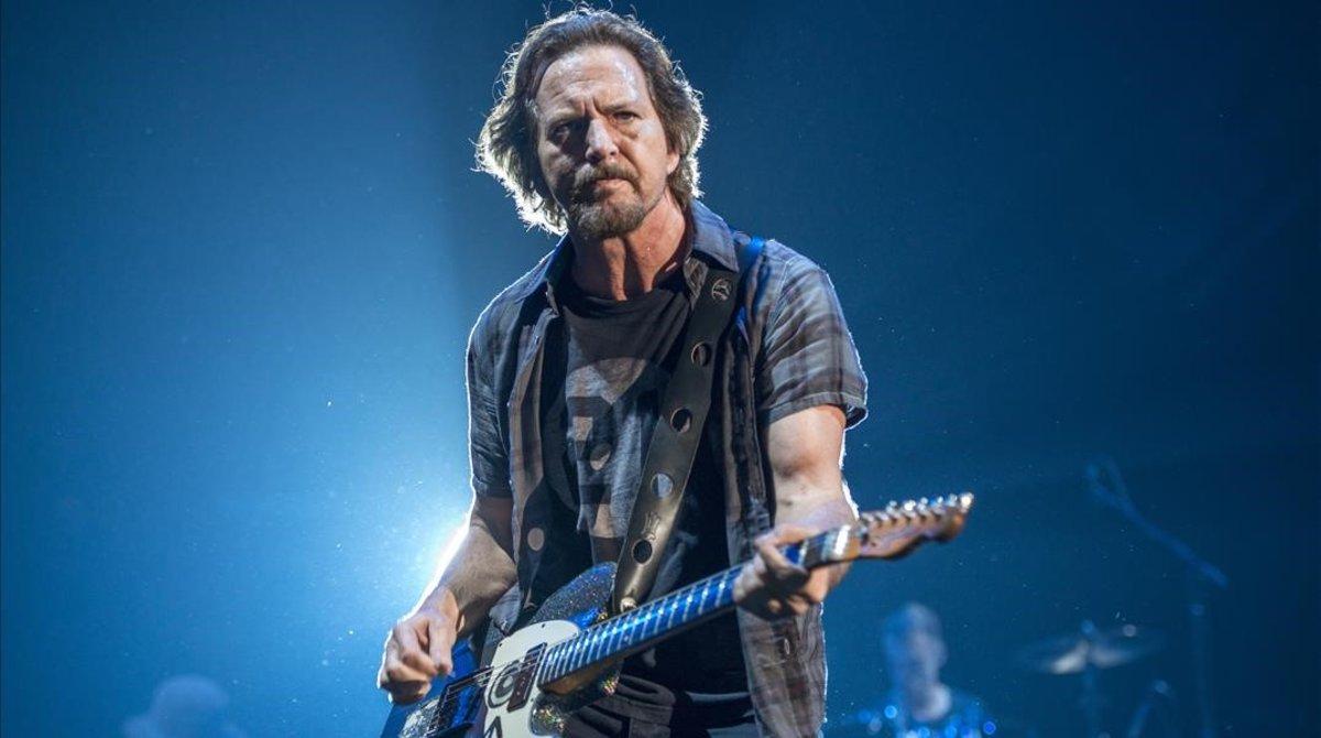 Eddie Vedder, en el concierto de Pearl Jam en el Palau Sant Jordi de Barcelona, en julio pasado.