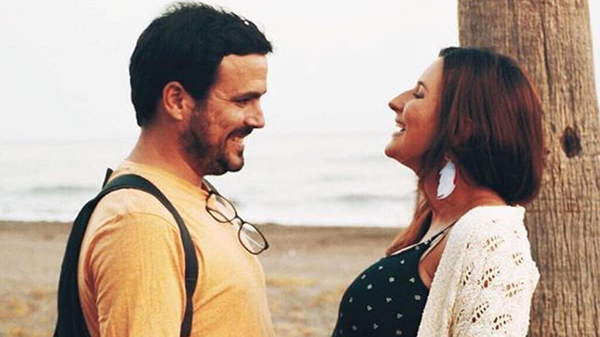 Alberto Garzón junto a su esposa, Anna Ruiz, durante el embarazo.