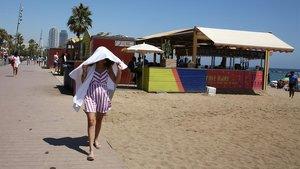 Uno de los chiringuitos de las playas de Barcelona, el pasado verano.