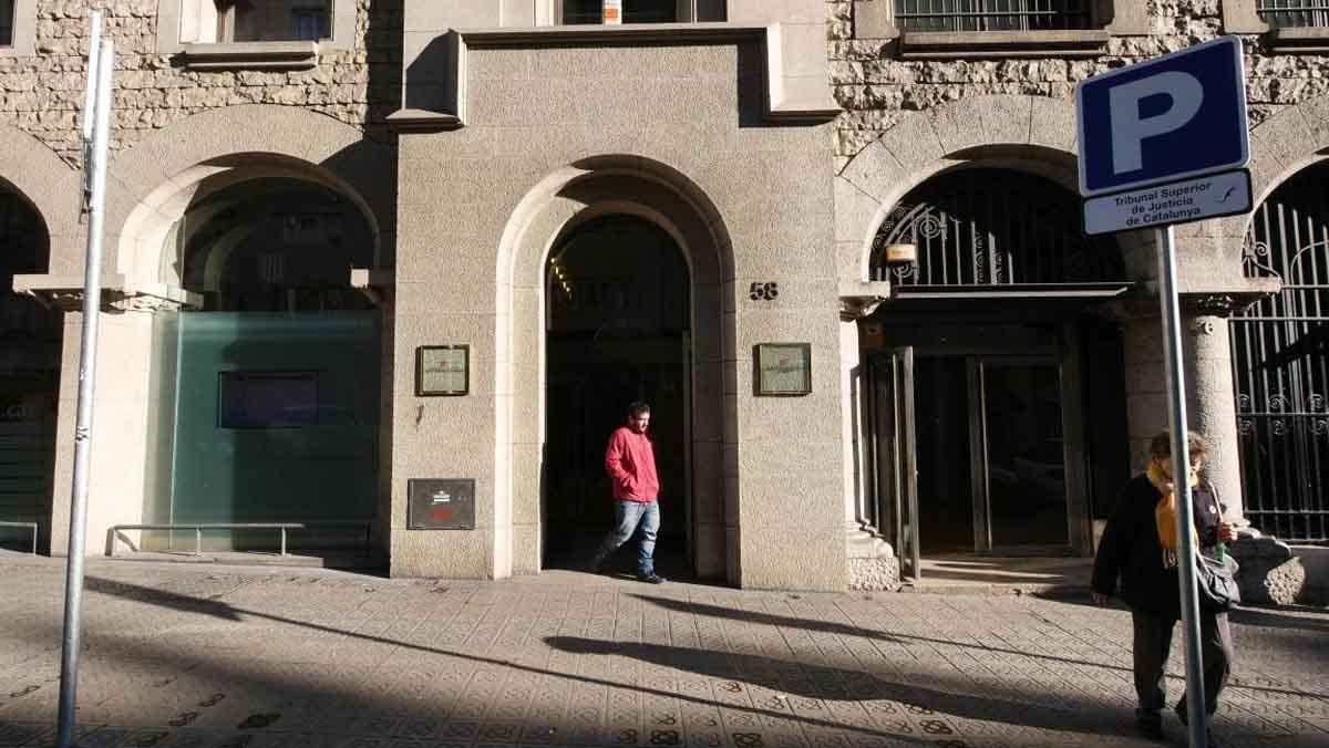 La Policia registra lInstitut dEstadística de Catalunya buscant el cens de l1-O