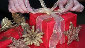 zentauroepp3831865 barcelona 23 12 2005 cuaderno del domingo compras de navidad171226093702