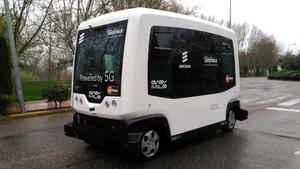 El minibús presentado por Telefónica con 5G.