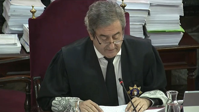 """El fiscal: """"Això és un judici en defensa de la democràcia"""""""