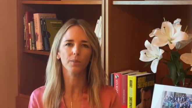 Álvarez de Toledo estrena canal de Youtube carregant contra el PP per relegar-la al Congrés