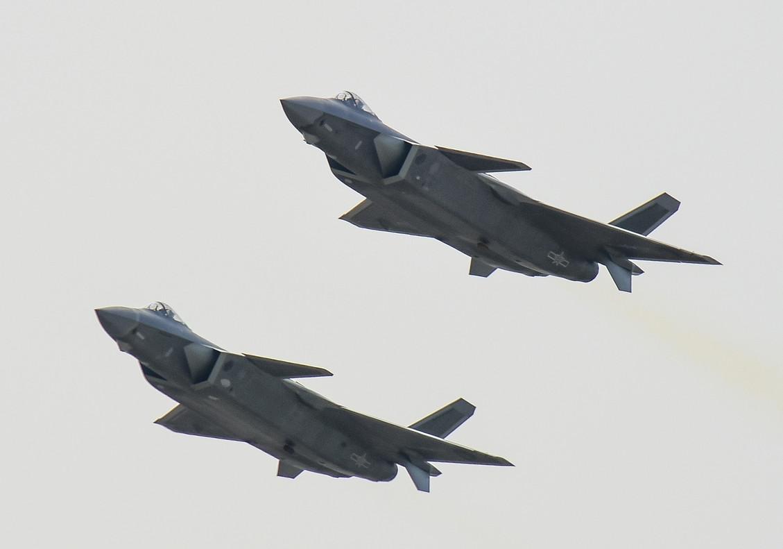 Los nuevos cazas J-20 de China.