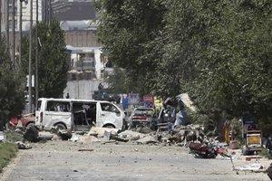 Ataque terrorista con carro bomba en Kabul.