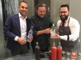 Javier Pijoan, director de Bacardí Iberia, Albert Adrià y el 'bartender' Marc Àlvarez.