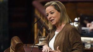 Ana Oramas, en el Congreso, tras anunciar su voto negativo a Pedro Sánchez