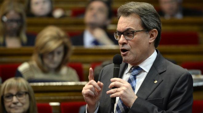 El president de la Generalitat assegura al Parlament que a cada obstacle trobaran una solució.