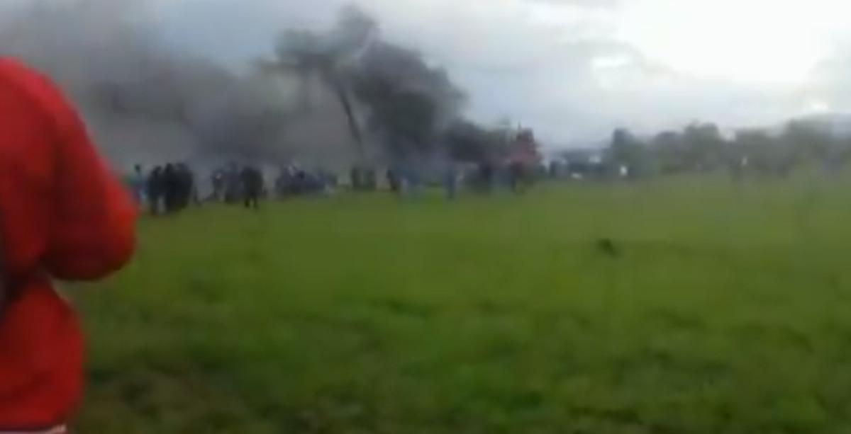Primeras imágenes del lugar donde se ha estrellado el avión de militares argelinos.