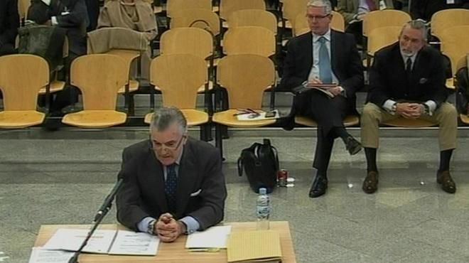 Luis Bárcenas, ayer,en el banquillo de la Audiencia Nacional.