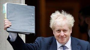 Boris Johnson, ayer al salir de Downing Street.