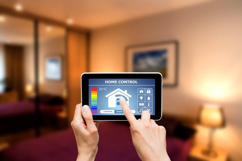 Un control remoto de una vivienda inteligente