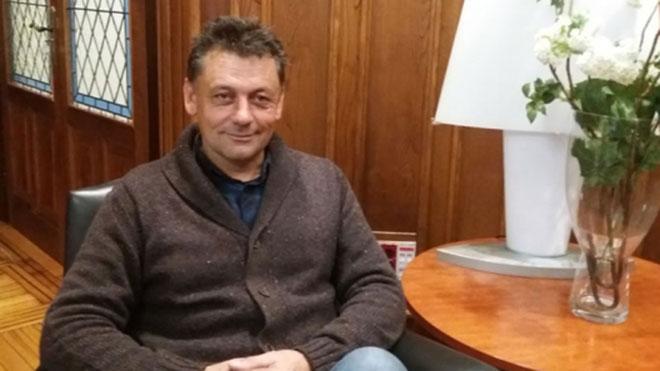 Los cuatro supuestos autores, dos españoles y dos argelinos, son vecinos de la provincia de Vizcaya. Tres de ellos han sido detenidos en sus respectivos domicilios en la mañana de hoy, encontrándose el cuarto detenido en Suiza.