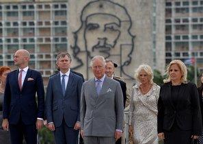 El príncipe Carlos de Inglaterra y su comitiva en la Habana, Cuba.