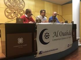 """Debate sobre """"Los valores del islam y la radicalización"""" en Mataró."""