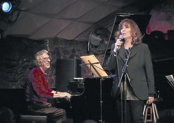 Francesc Burrull y Maria del Mar Bonet, durante una actuación en el Jamboree.