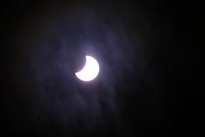 Eclipse solar parcial visible sobre Barcelona, en marzo del 2006.