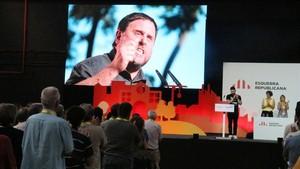 Imagen de Oriol Junqueras en la conferencia nacional de ERC, en LHospitalet de Llobregat