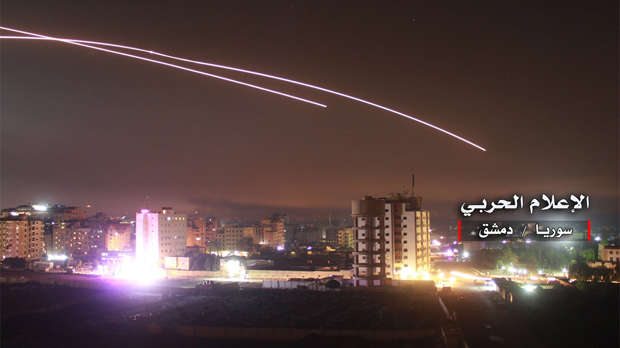Israel ataca a Irán en Siria y causa 23 muertos