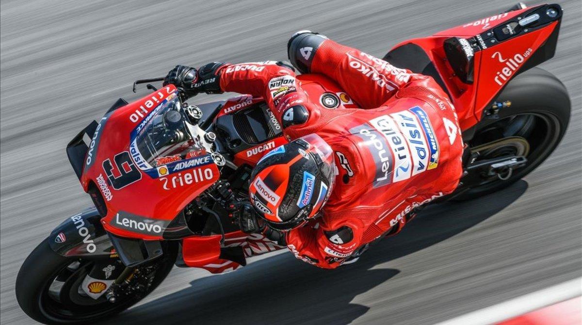 El italiano Danilo Petrucci (Ducati) arrasó el último día de test de Sepang (Malasia).