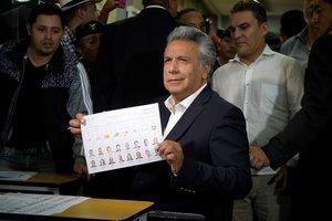 El presidente de la República, Lenín Moreno, ha solicitado la renuncia a todo el gabinete ministerial.