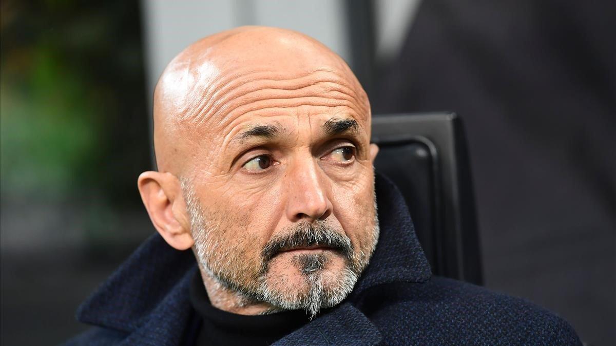 Luciano Spalletti en el banquillo del Inter.
