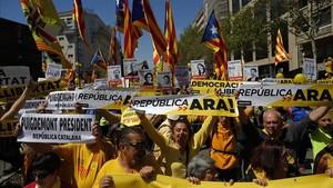 Manifestación a favor de la libertad de los presos independentistas, el pasado 15 de abril en Barcelona.