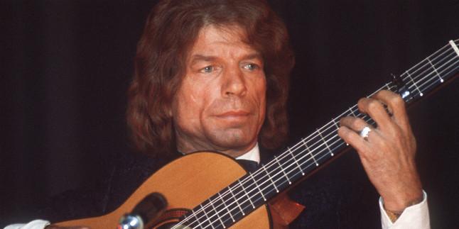 """Fallece el célebre guitarrista flamenco francés """"Manitas de Plata"""""""