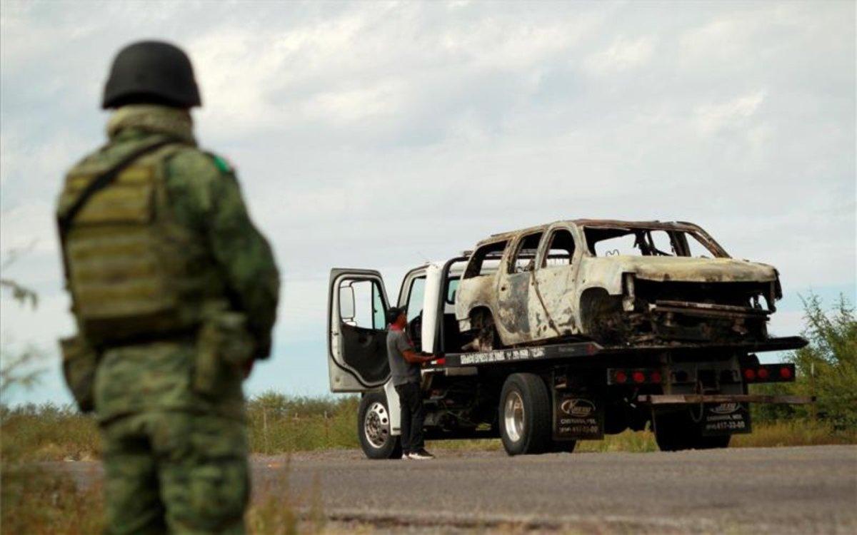 El Ejército mexicano vigila la zona donde ocurrió la matanza de una familia mormona.