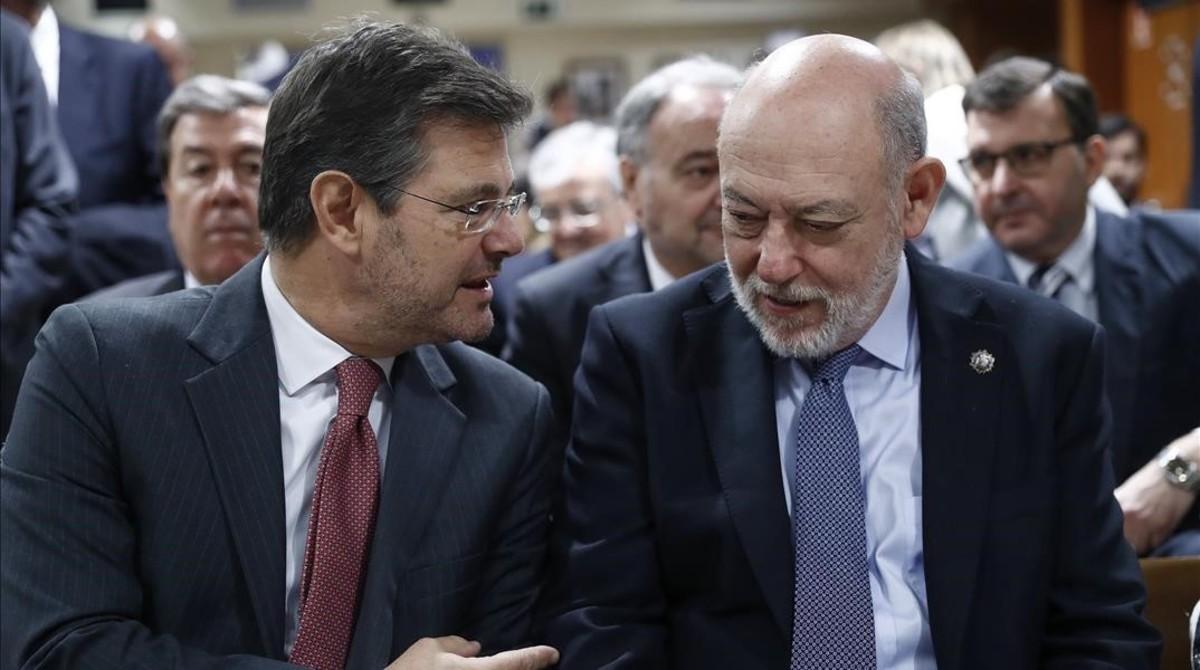 El ministro de Justicia, Rafael Catalá, y el fiscal general del Estado, José Manuel Maza, en un acto el pasado día 7 de febrero.