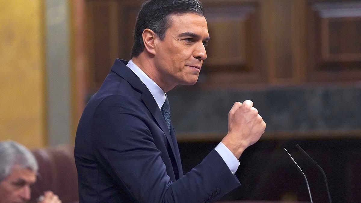 España: Pedro Sánchez es investido presidente en una apretada votación