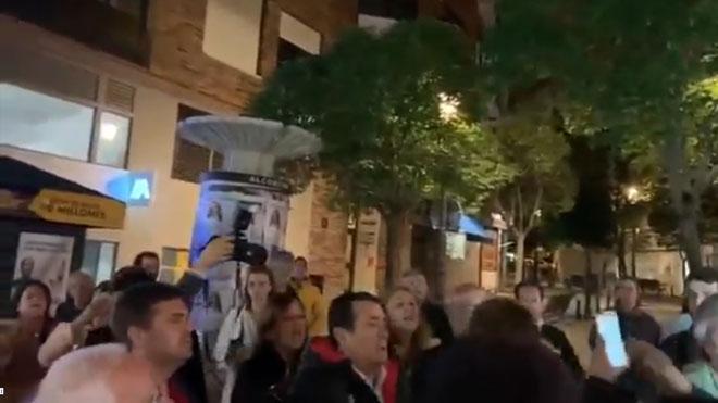 Pelea entre miembros del PP y PSOE en la pegada de carteles de Alcorcón.