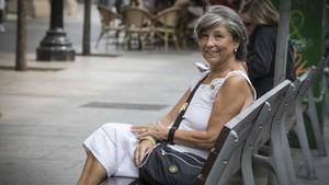 Pilar Soteras, matrona.