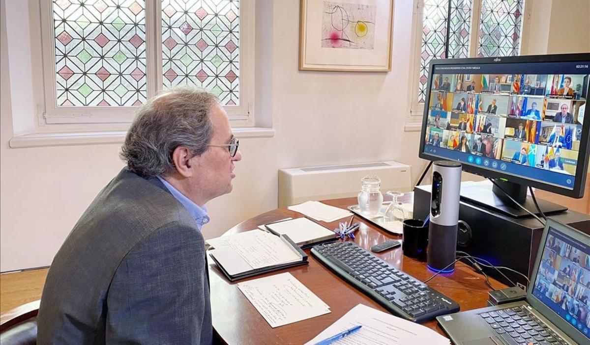 Quim Torra durante su reunión por videoconferencia con Pedro Sánchez y el resto de presidentes autonómicos, el 3 de mayo del 2020.